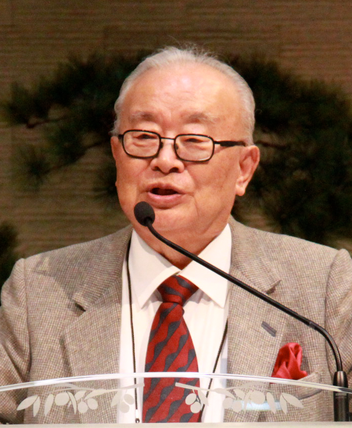 Dr. David Cho