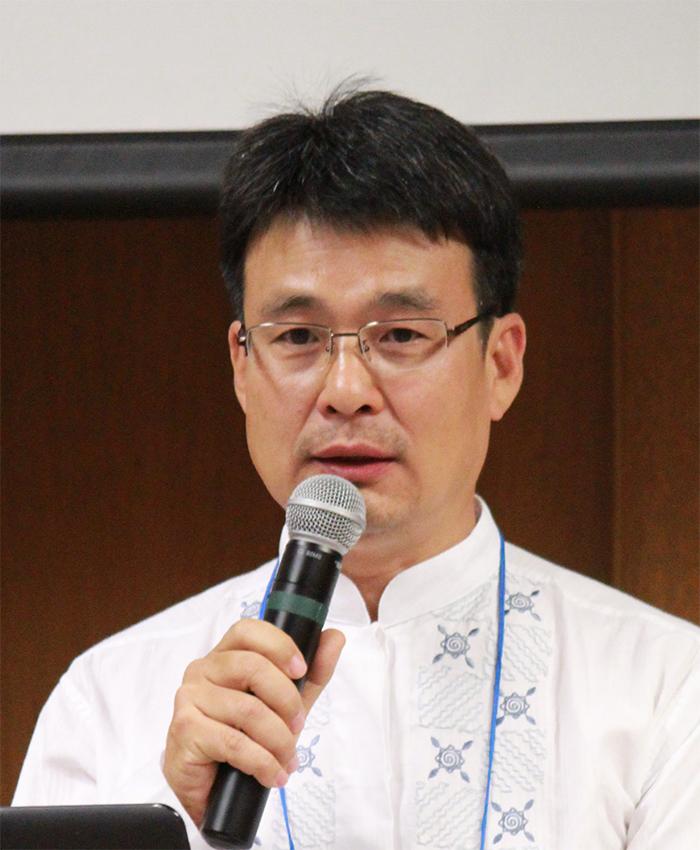 Dr. Steve K. Eom