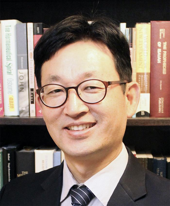 Dr. Jae Suk Lee